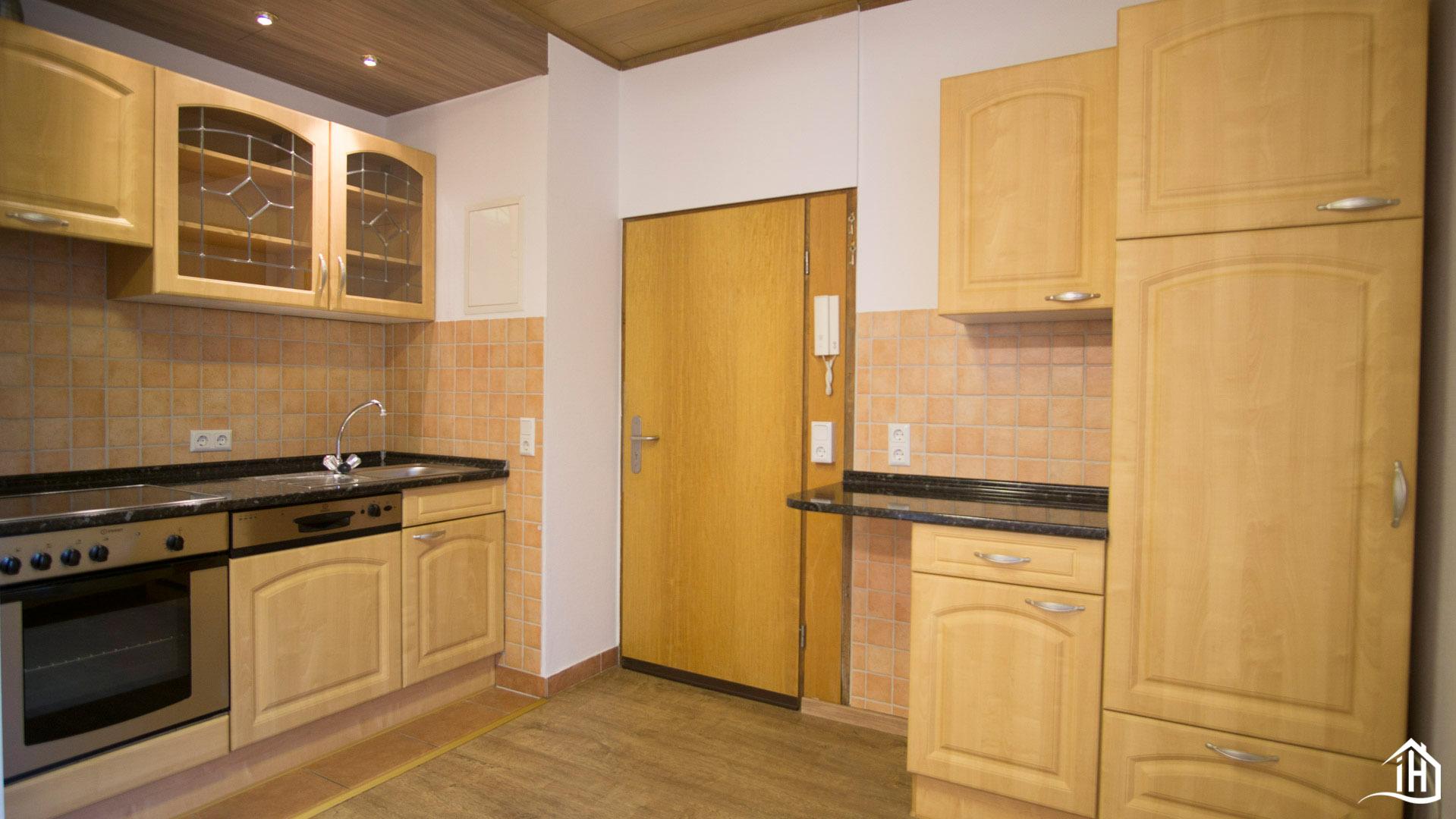 Immobilien Hahnefeld 114834532 Küche Eingangsbereich
