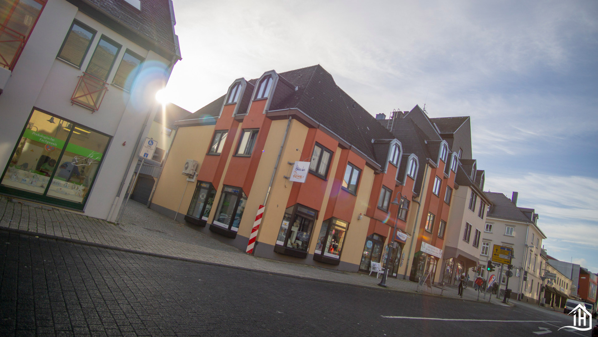 Immobilien Hahnefeld 114834532_HausansichtFront